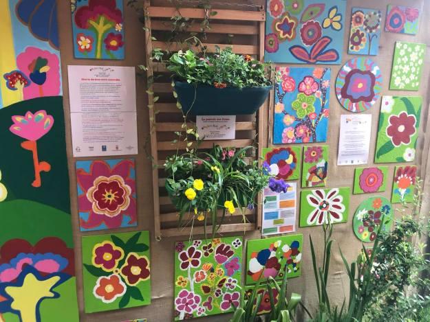 Jolis créations artisanales aux allures Flower Power avec l'association d'une rive à l'autre 03
