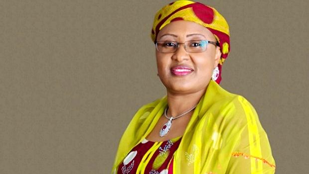 Premiere-dame-nigeria-Diplome-afrique-jewanda2