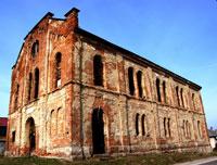Shul in Chaht (Mezocsat), Hungary.