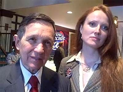 Dennis Kucinich (with wife Elizabeth) lost bid for Democratic Congressional seat.