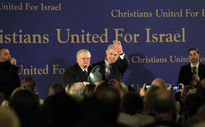 Prime Minister Netanyahu and Pastor John Hagee receive a standing ovation from members of Christians United for Israel.