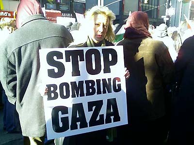 Lee in Washington protesting Israel's role in Gaza, Jan, 2009.