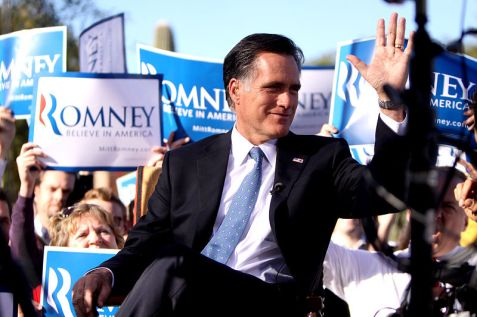 Mitt Romney campaigning in Arizona