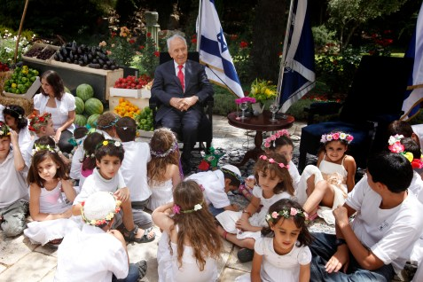 President Peres at a celebration in honor of Shavuot