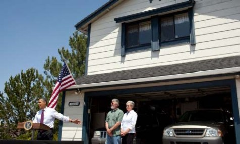 Standing in front of the home of Valerie and Paul Keller in Reno, Nevada, President Obama on Friday called on Congress to cut red tape and make it simpler for homeowners to refinance. The president's numbers on the economy are tanking.