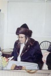 Skolya Rebbe