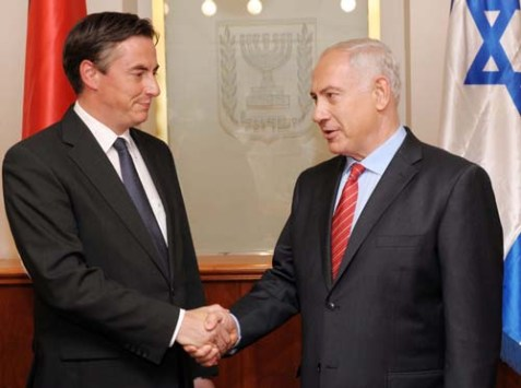 Israeli Prime Minister Benjamin Netanyahu met David McAllister the Prime Minister of the state of Lower Saxony on August 29, 2012.