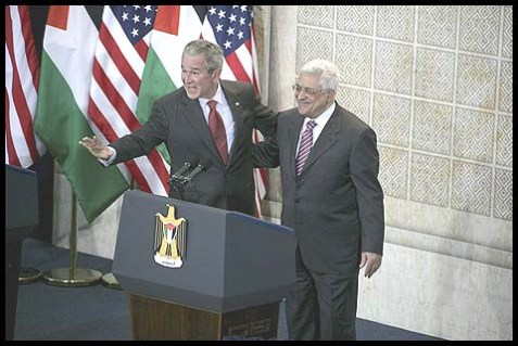 President George W. Bush and Palestinian Authority President Mahmoud Abbas at a press conference in Ramallah, January 10, 2008.