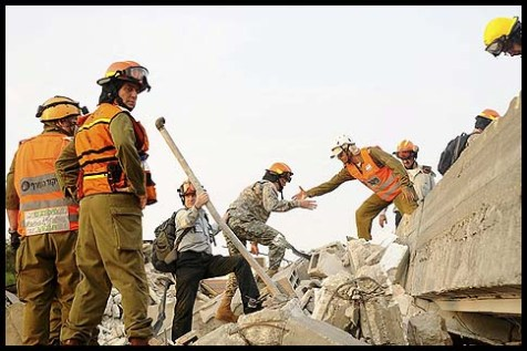 Israeli and American soldiers participated in Israel's largest civil defense, five-day drill, code-named Turning Point 6 on Sunday, October 21, 2012, putting soldiers, emergency crews and civilians through a simulated earthquake and a Tsunami.