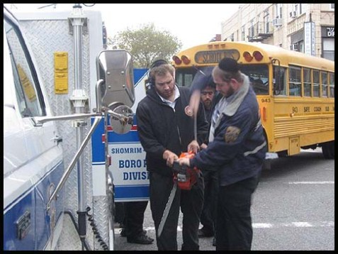 Boro Park Getting Ready for Hurricane Sandy