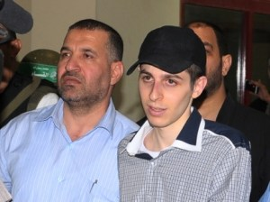 Ahmed Jabari with Gilad Shalit