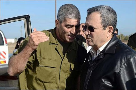 Architects of the Gaza victory: Defense minister Ehud Barak tours the southern command with it's commander Maj. Gen. Tal Russo.