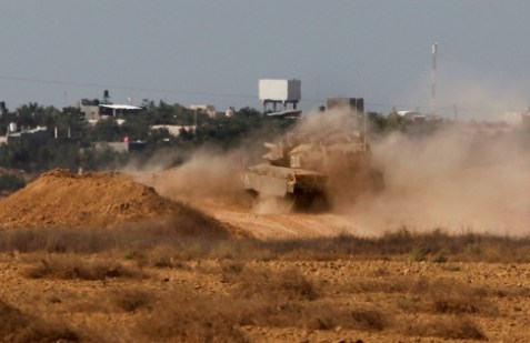 IDF tank units position for invasion of Gaza