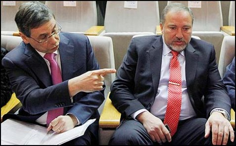 Israel's Foreign Minister Avigdor Liberman (R) and Deputy Foreign Minister Danny Ayalon.