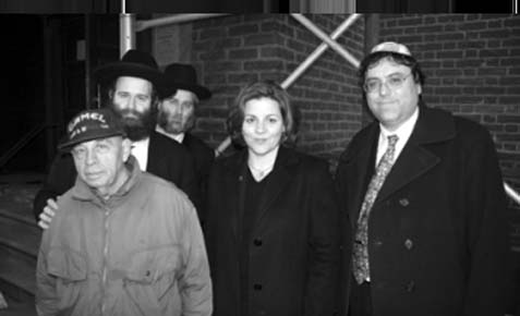 Christine Quinn with Rabbi Yaakov Spiegel (to her left) and former City Council Member Alan Gerson (image not related to the Ohev Tzedek event).