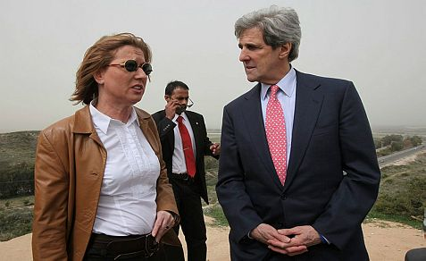 Peace negotiator Tzipi Livni (R.) and Sec. of State John Kerry.