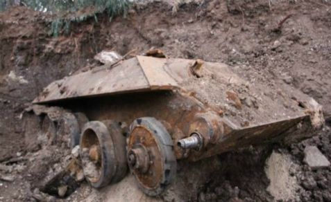 Drainage work in the Tel Aviv area uncovered a Russian-made tank captured by Israel in a previous war