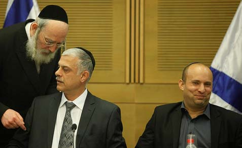 Minister Naftali Bennett (R), Shas MK Amnon Cohen (C) and UTJ MK Israel Eichler at a Knesset State Control Committee encouraging Haredi integration in the Israeli labor market, August 06, 2013.