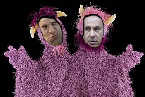 Netanyahu (R.) and Bennett: a cash-devouring two-headed monster.