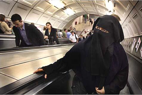 train-niqab