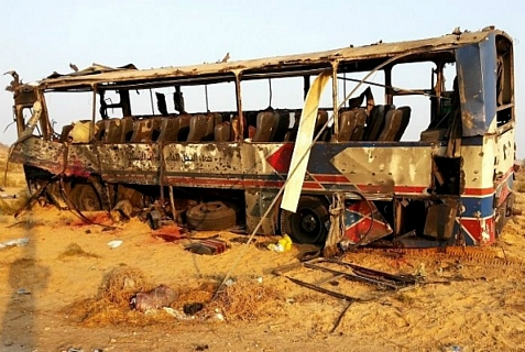 Aftermath of Nov. 20, 2013 bombing of Egyptian military convoy by homicide bombers