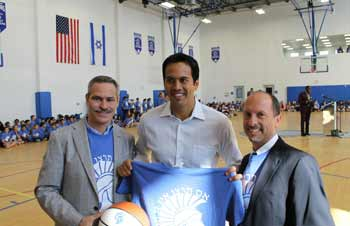Hebrew Academy board member and alumnus Mark Herskowitz, Miami Heat head coach Erik Spoelstra, and Hebrew Academy head of school Dr. Roni Raab.