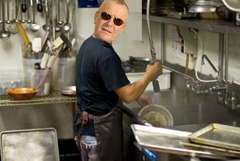 Pat Condell dishwashing