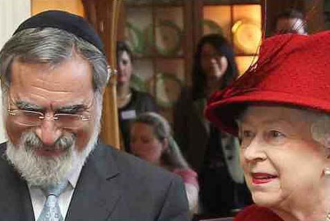 Lord Rabbi Jonathan Sacks (L.) with a friend.