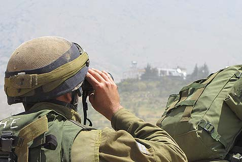 IDF soldiers outside Majdal Shams in the Golan Heights. (Archive)