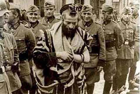 Jew_Praying_Nazis