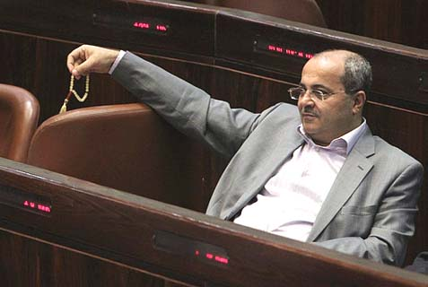 MK Ahmad Tibi with worry beads.