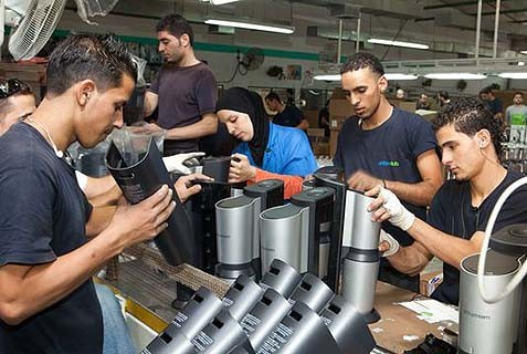 Arab workers at SodaStream's factory in Maaleh Adumim may be replaced by Bedouin in the company's new plant in the Negev.