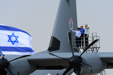 "From the Left: Maj Gen Amir Eshel, Commander of the Israel Air Force; Minister of Defense, Mr. Moshe (Bogie) Ya'alon; the Chief of the General Staff, Lieutenant General Benjamin (Benny) Gantz at the new ""Samson"" inauguration ceremony, Wednesday, April 9."