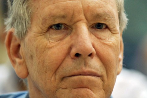 Israeli author Amos Oz