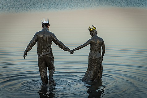Dead Sea Newlyweds