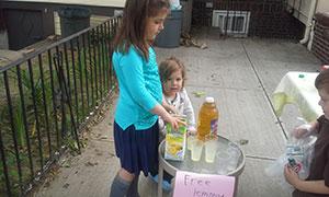 Baim-071814-Lemonade
