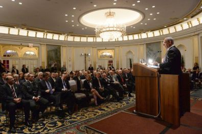 PM Netanyahu in New York, addressing Jewish leaders.