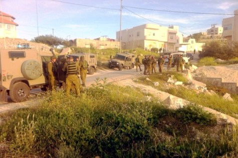 IDF operating in Beit Anoun, near the Jewish community of Kiryat Arba and the city of Hebron.