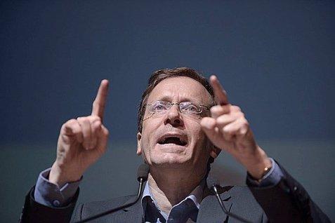 Opposition leader Yitzhak Herzog.