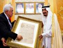 PLO Chairman Abbas hands the Saudi King a Jewish, Zionist newspaper as a present.