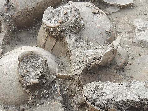 3,850 year old wine jugs. Courtesy Division of Communications and Media Relations  |  University of Haifa