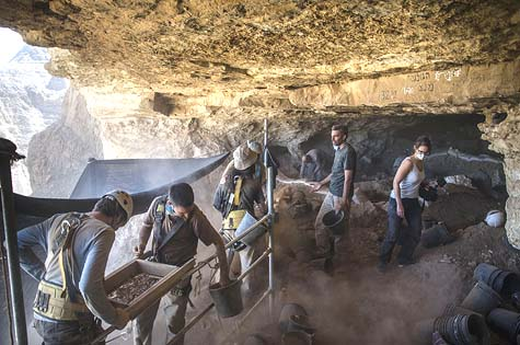 With the help of volunteers during the past year the Israel Antiquities Authority has been conducting an archaeological excavation in search of ancient artifacts in the Cave of the Skulls in the Judaean Desert.