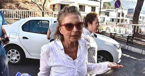 Journalist Nazlı Ilıcak detained in Bodrum, Turkey, July 26, 2016. / Doğan News Agency