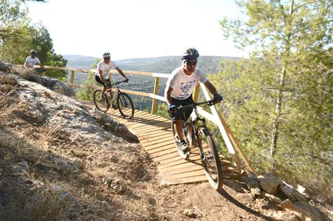 Talmonim Bicycle track, West Binyamin / Photo Credit: The Binyamin Regional Council