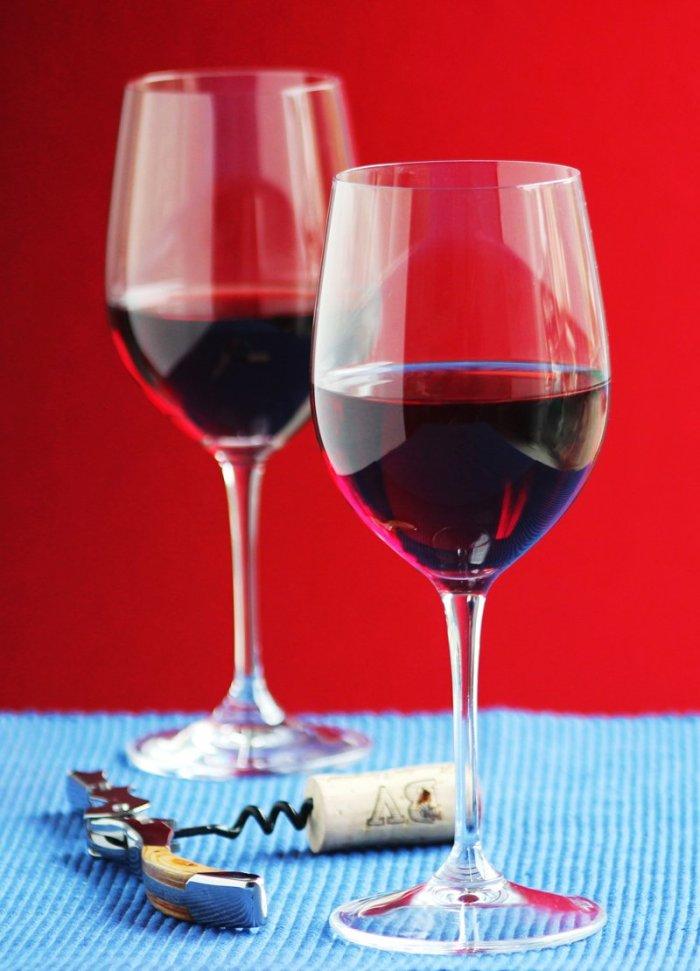 2 tips for wine tasting / JillHough.com