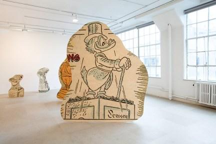 Allen Ruppersberg, Big Trouble, 2010, Aïshti Foundation, Courtesy of the artist and Greene Naftali, New York, Foto: Jason Mandella
