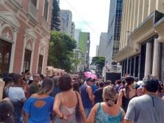 Servidores municipais entram em greve por tempo indeterminado