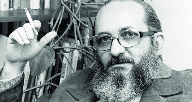 Paulo Freire: pedagogia análoga à escravidão condena o pobre à fala de tijolo, como se um operário não pudesse ouvir estrelas | Foto: Wikipédia