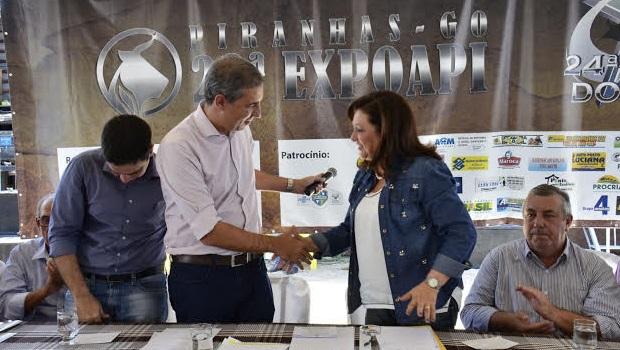 Vice-governador e ministra participam da Exposição Pecuária de Piranhas