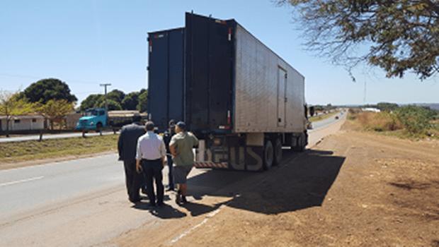Fisco descobre fraude na comercialização de lubrificantes de SP para Goiás